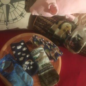 6 pairs of socks 🧦 bundle!!